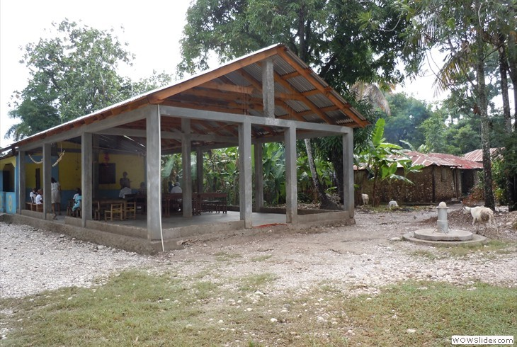 HELO Haiti School House
