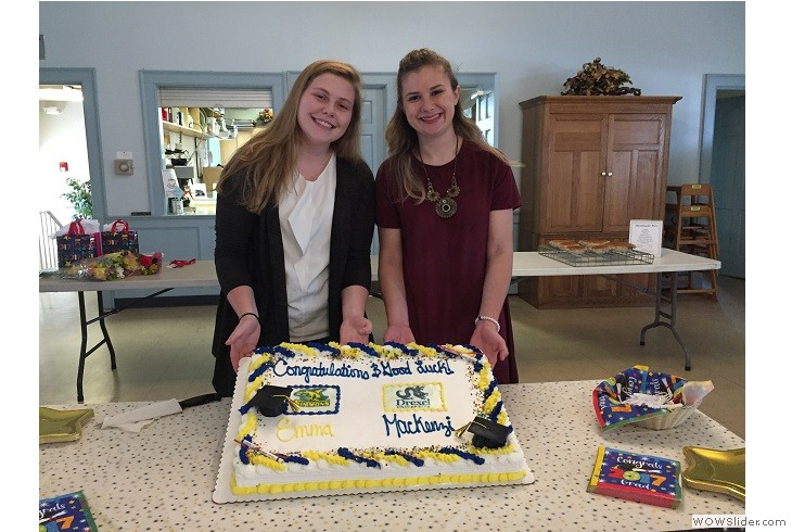 06112017 Mack and Emma with Grad Cake